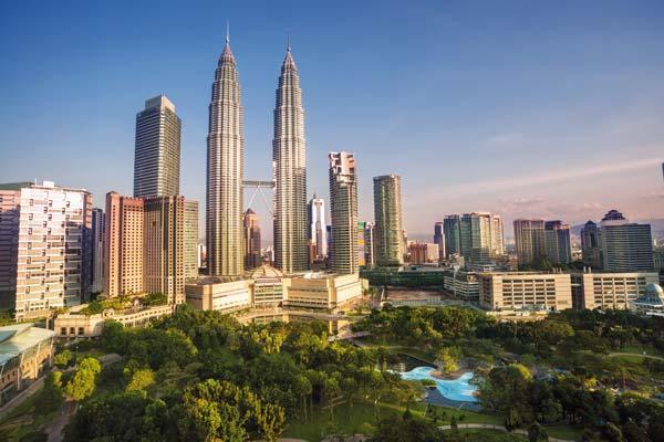 Blick auf die Petronas Towers in Kuala Lumpur