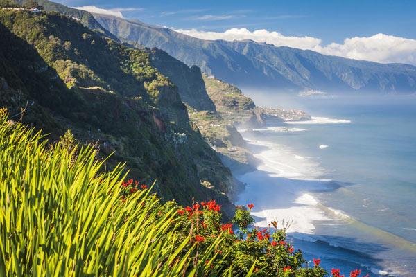 Malerische Steilküste auf Madeira